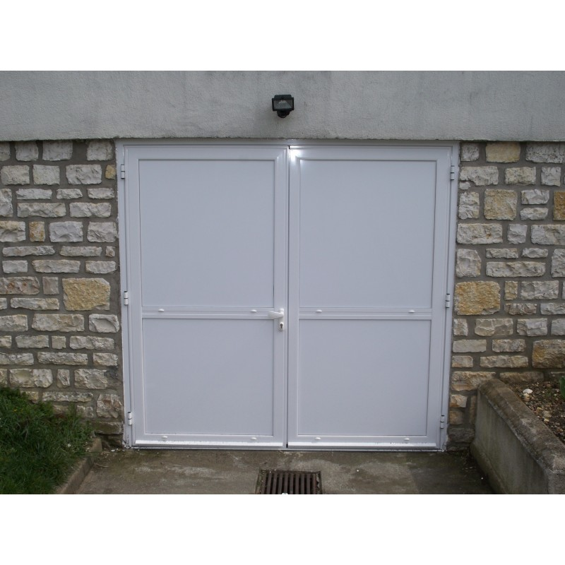 Porte de garage 2 vantaux sur mesure for Porte de garage haute